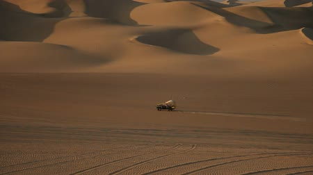 deserto : video footage of a buggy trip in the sand desert in peru, south america