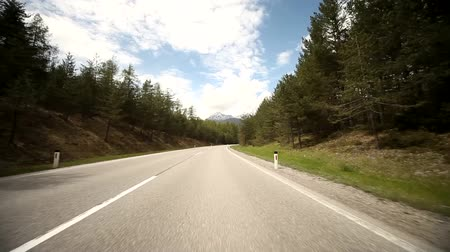 prędkość : video footage of driving on a highway in the alps in austria