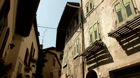 charakteristický : video footage of the city of Limone, at the lake garda in italy Dostupné videozáznamy