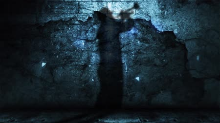 danse jazz : Shadow of Horn Player Against Grunge Wall with Falling Debris 4K features the cast shadow of a male playing a horn on a grungy stone wall with debris falling and moving light above