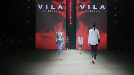 pist : HELSINKI, FINLAND - OCTOBER 20, 2017: Fashion Show VILA Clothes during Fair I LOVE ME - Beauty, Health, Naturally, Fashion and Jewel Watch at Messukeskus Expo Centre