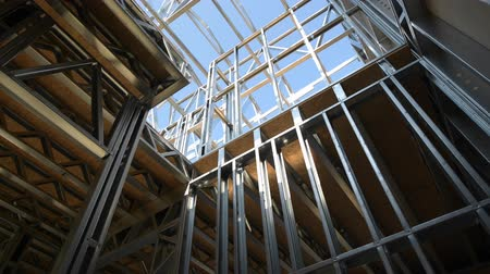 madeira compensada : Skeleton Frame of Newly Developed House. Camera Movement Stock Footage