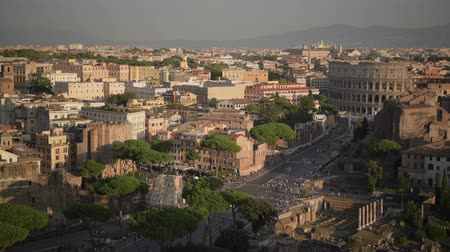císař : Colosseum and Roman Forum in the City of Rome. Capitol of the Lazio Region. Famous Italian Destination. Dostupné videozáznamy