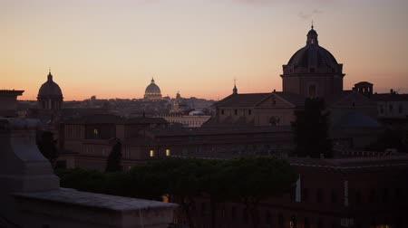 damasco : Rome and the Vatican City Panorama During Sunset. Italy, Europe.