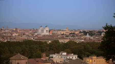 damasco : Rome Historic Buildings and the Cityscape. City of Rome Panorama During Sunset. Vídeos