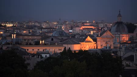 damasco : Rome Historic Buildings and the Cityscape Panorama During Early Evening Hours.