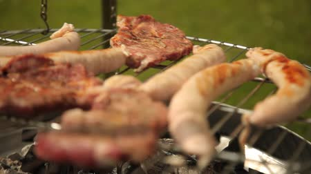 kiełbasa : barbecue - steak and sausage Wideo
