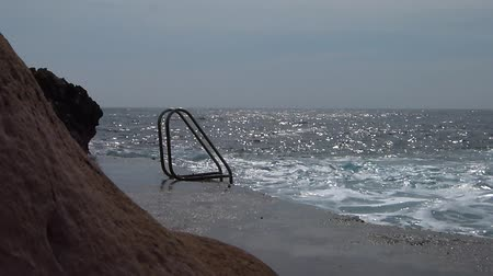 farag : Access to the sea via a ladder - Natural swimming pool - Water - On the move