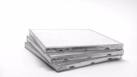dava : Stacking CD Cases
