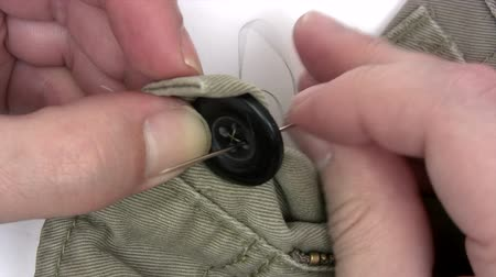 кнопка : Sewing a Button