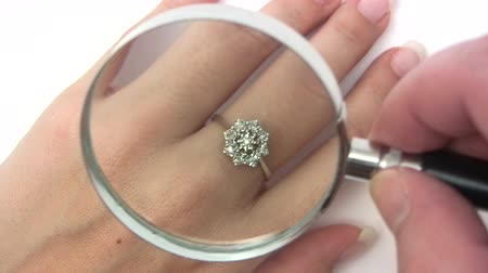 aanbellen : Kostbare Diamond Ring