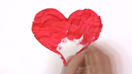seni seviyorum : Painting a Red Heart - Time Lapse Stok Video