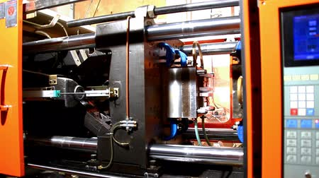 time machine : plastic press molding machine time lapse