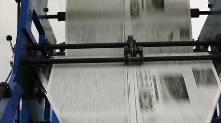 basın : black and white newspaper production line
