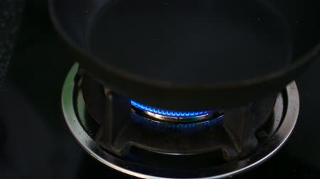 fogão : Open gas stove for cooking