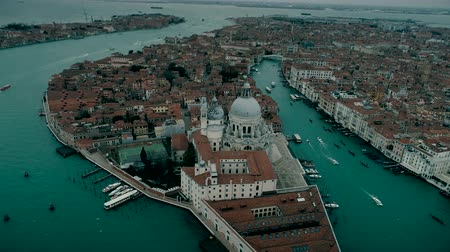 Мария : Aerial view of Basilica di Santa Maria della Salute and Grand Canal in Venice Стоковые видеозаписи