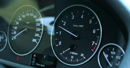 rpm : Video footage of speedometer in a car, Professional shot in 4K resolution