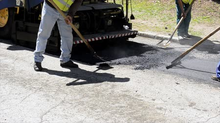 мощение : Medium shot of activity asphalt blacktop