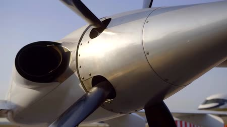 pervane : close-up view of aircraft propeller on a plane in airport in sunny day, moving shot Stok Video