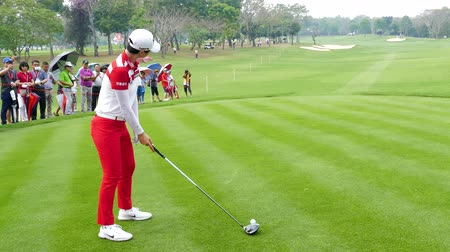 golfjátékos : Sung Hyun Park of Republic of Korea  tee off on hole 18 in Honda LPGA Thailand 2018 at Siam Country Club, Old Course on February 24, 2018 in Pattaya Chonburi, Thailand.
