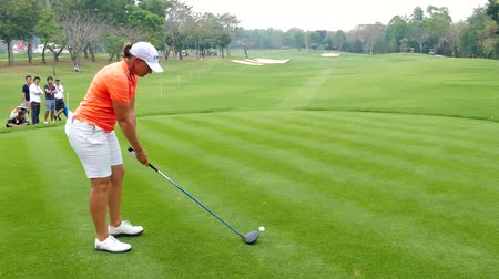 golfjátékos : Angela Stanford of USA tee off on hole 18 in Honda LPGA Thailand 2018 at Siam Country Club, Old Course on February 24, 2018 in Pattaya Chonburi, Thailand.