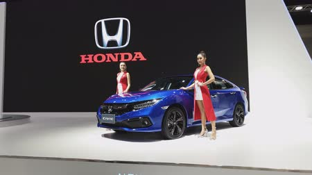 двухместная карета : NONTHABURI - NOVEMBER 28: Honda Civic car on display at The 35th Thailand International Motor Expo on November 28, 2018 in Nonthaburi, Thailand.