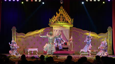 siamese : LOPBURI, THAILAND - FEBRUARY 28 : The unidentified Thai dancers perform Khon, The high art of Thai with elegance, on display at National Education Conference on Performing Arts on February 28, 2019 in Lopburi, Thailand.