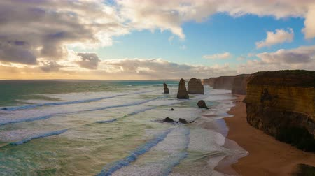 oceano : 4k timelapse video of Twelve Apostles in Australia at sunset Vídeos