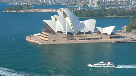 dom : Sydney, Australia - June 23, 2016: 4k video of Sydney Opera House in the daytime