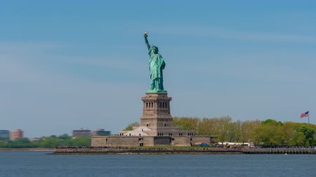 Video di Hyperlapse della Statua della Libertà a New York Filmati Stock