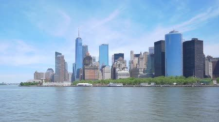 Hyperlapse video of Lower Manhattan skyline in daytime