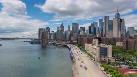 4k hyperlapse video of Manhattan skyline and Brooklyn Bridge in daytime Wideo