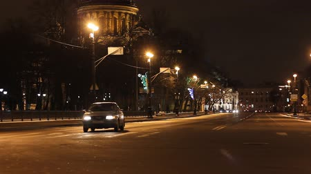 mês : St. Petersburg, Traffic on a busy city street   Stock Footage