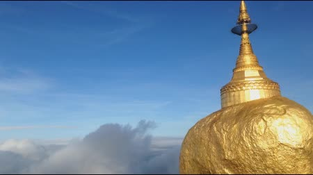 TIME LAPSE - Kyaiktiyo pagoda, Golden Rock, Myanmar
