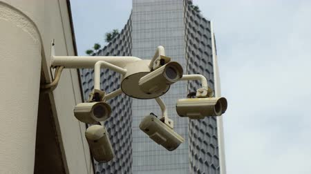 riconoscimento : Cluster of 5 Surveillance CCTV Cameras in City of Singapore