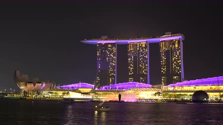 entire : Entire Spectra Show of Lights and Water From Start To Finish Timelapse - Marina Bay Sands and Art Science Museum Skyline in Singapore Stock Footage
