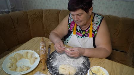 пюре : cooking traditional food