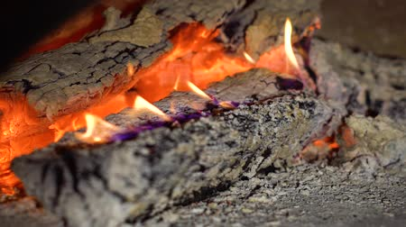 firebox : fire flames of burning wood logs in slow motion closeup