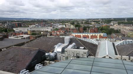 irlandia : Dublin from the observation deck of Guinness Storehouse. Ireland