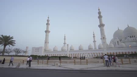 grand mosque : Abu Dhabi, UAE - April 04, 2018: Sheikh Zayed Grand Mosque is one of the six largest mosques in the world stock footage video