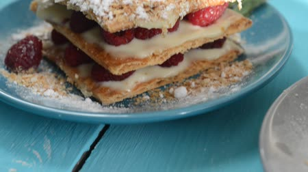 gastronomi : Raspberry Mille-feuille with cinnamon Stok Video