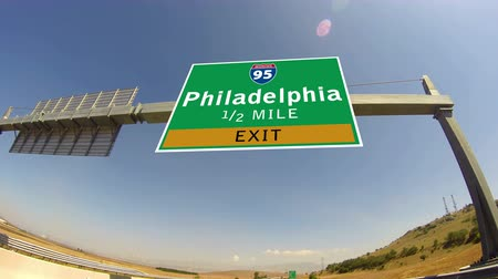 znak : 4K Driving on Highwayinterstate,  Exit sign of the City Of Philadelphia, Pennsylvania Wideo