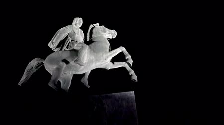 zár : 4k Alexander the Great at night,Thessaloniki city,Greece. UHD steadycam stock footage