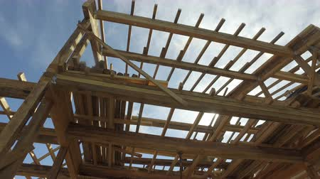 post and beam construction : Carpenter house construction