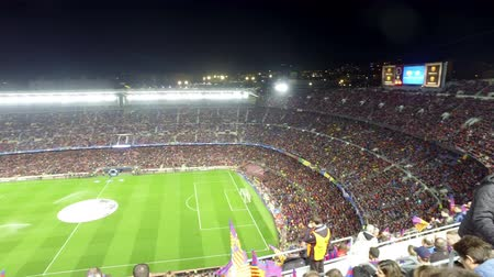 jogador de futebol : FC Barcelona stadium  Camp Nou  during the matchat the Nou Camp Stadium between Barsa and PSG