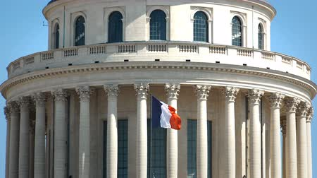 tremble : French flag is waving on historic Pantheon in the Quartier Latin district in Paris Stock Footage