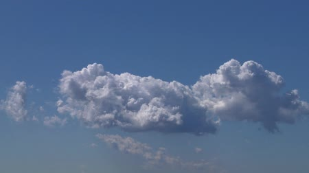 puffy clouds : cloud time-lapse