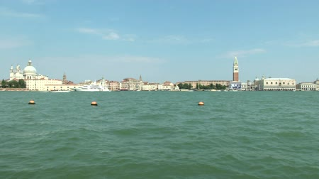 veneza : Sea view from Dogana to Piazza San Marco, Venice (Italy) Stock Footage