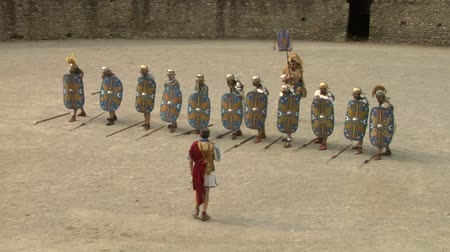 augustus : Roman and gallic soldier during a reenactment of war between Romans and Cottians Gauls on 10 a.c.