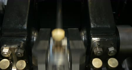 manivela : Steam engine crankshaft and connecting rod